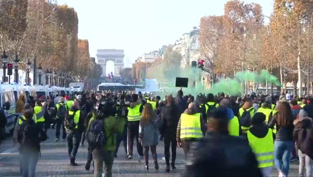 Los 'Chalecos amarillos' contra el aumento del precio de los carburantes en Francia