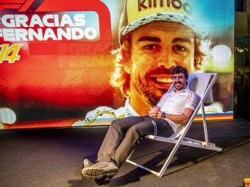Fernando Alonso, en una tumbona