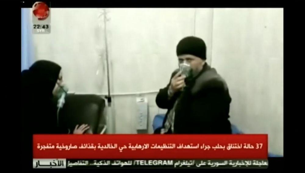 Al menos 50 civiles afectados por un ataque químico de las milicias rebeldes en Alepo, según Damasco