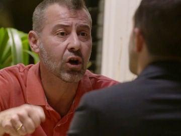 El monumental enfado de Roberto con Manuel por meterse con su marido