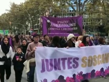 Las manifestaciones por el Día contra la Violencia de Género en varios puntos de España