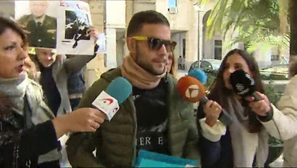 """El miembro de 'La Manada' condenado por el robo de unas gafas afirma que """"la verdad siempre prevalece"""" tras ser puesto en libertad"""