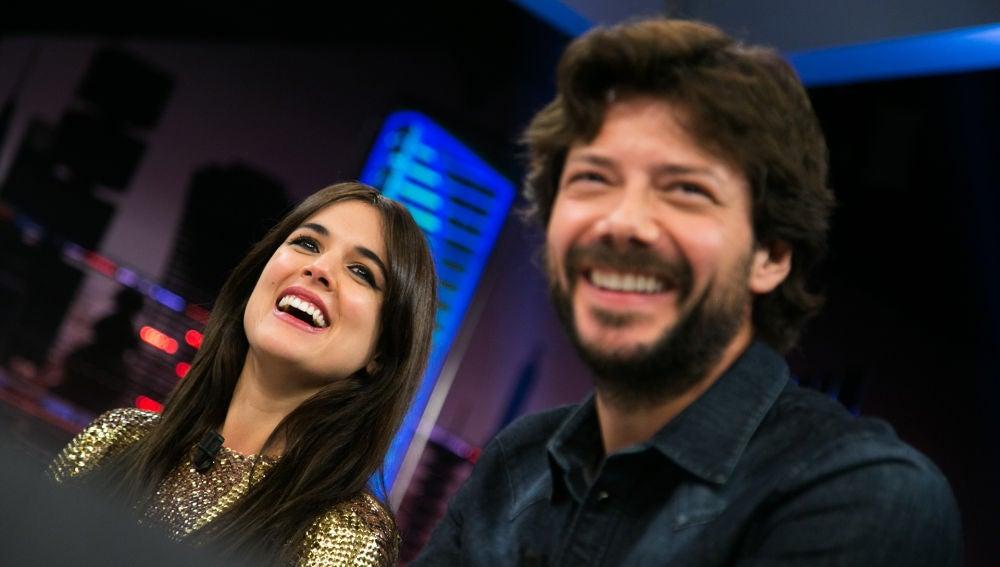 """VÍDEO: El primer beso de Adriana Ugarte y Álvaro Morte: """"Pensé, ¿¡esto qué es?!"""""""
