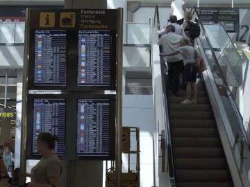 Indignación en Baleares por la subida de los billetes de avión