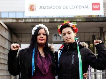 Las dos activistas juzgadas