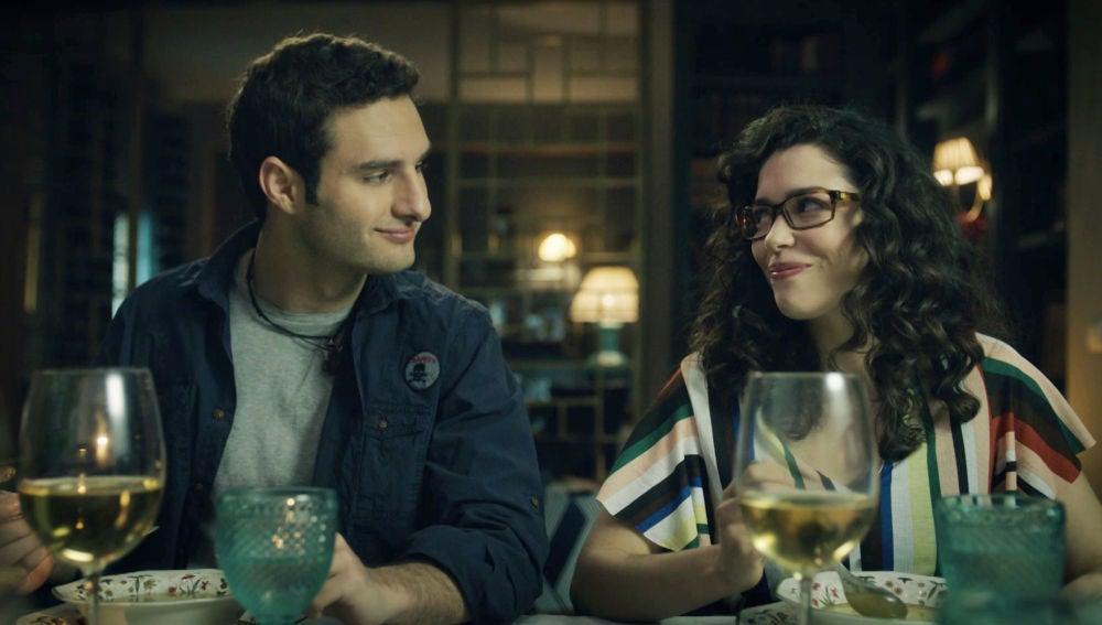 Javier y Maite formalizan su relación ante Begoña