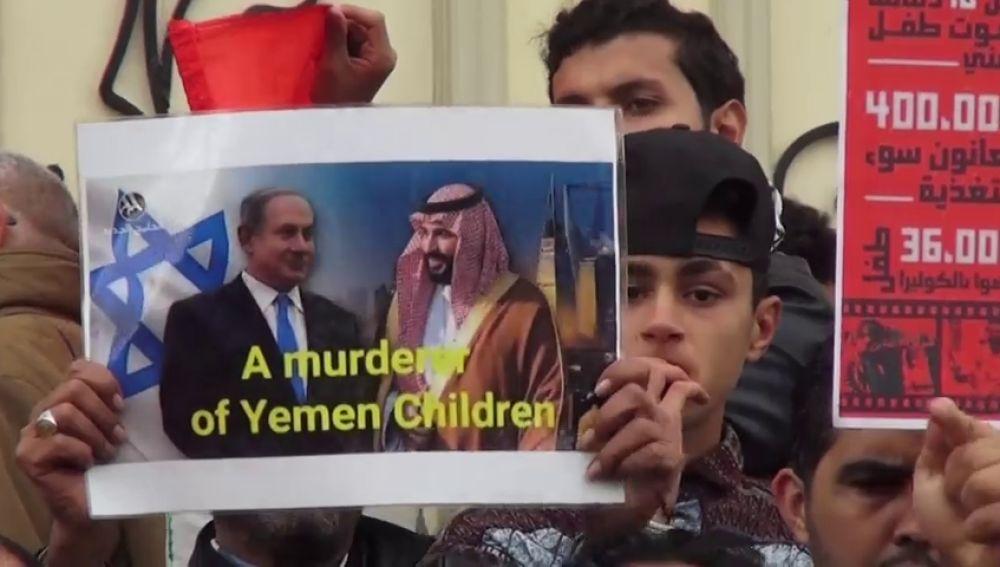 El príncipe heredero Mohammed bin Salman es recibido con la ira pública de Túnez