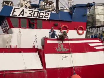 """El patrón del pesquero de Santa Pola: """"Hoy Europa da una auténtica verguenza"""""""