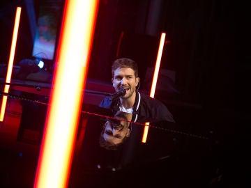 Pablo Alborán canta en directo 'Tu refugio' en 'El Hormiguero 3.0'