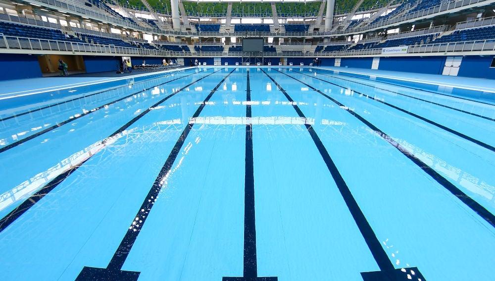 Vista de una piscina olímpica