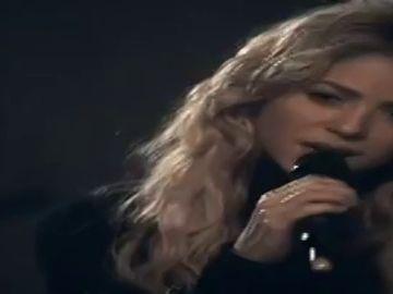 Spot 2010: Shakira se conviertía en 'Burbuja' con 'Sale el sol'
