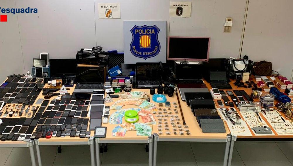 Desarticulada una banda que robaba viviendas en Barcelona