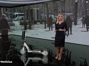 La DGT quiere prohibir que los patinetes circulen por la acera y a más de 25 km/h