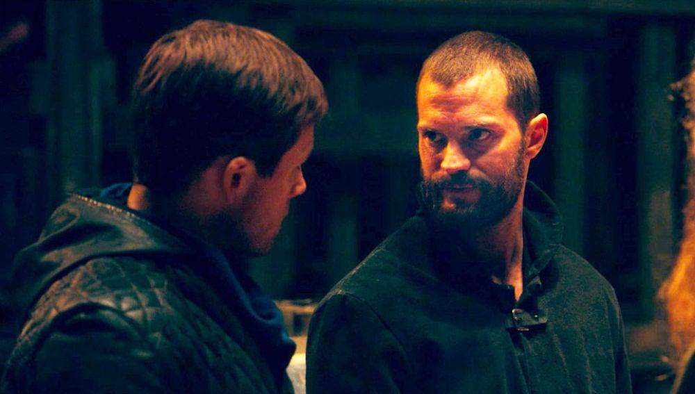 Taron Egerton y Jamie Dornan en 'Robin Hood'