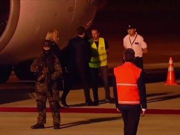 La solitaria llegada del presidente Macron y otra curiosidades de la cumbre