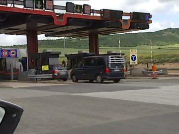 La autopista AP-1 se convierte en la primera vía de pago en España que deja de cobrar peaje