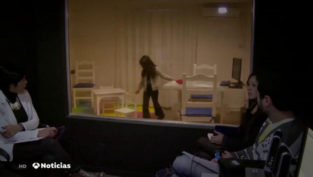 La 'Cámara Gesell' es un espacio para que los menores puedan testificar sin tener que pasar por un proceso traumático