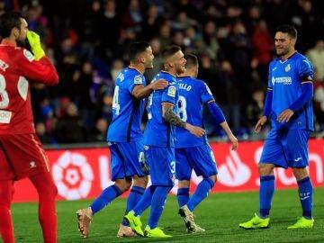 Los jugadores del Getafe celebran un gol ante el Espanyol