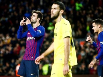 Gerard Piqué celebra su gol ante el Villarreal