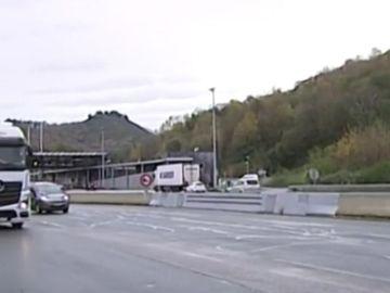 Imagen de camiones en la frontera de Francia con España