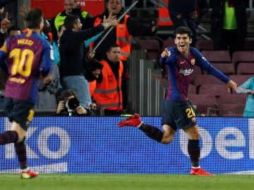 Carles Aleñá celebra su gol ante el Villarreal
