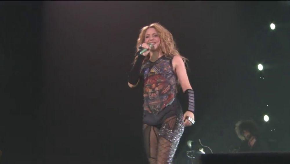"""Shakira se defiende: dice que la utilizan como """"chivo expiatorio para meter miedo a los contribuyentes"""""""
