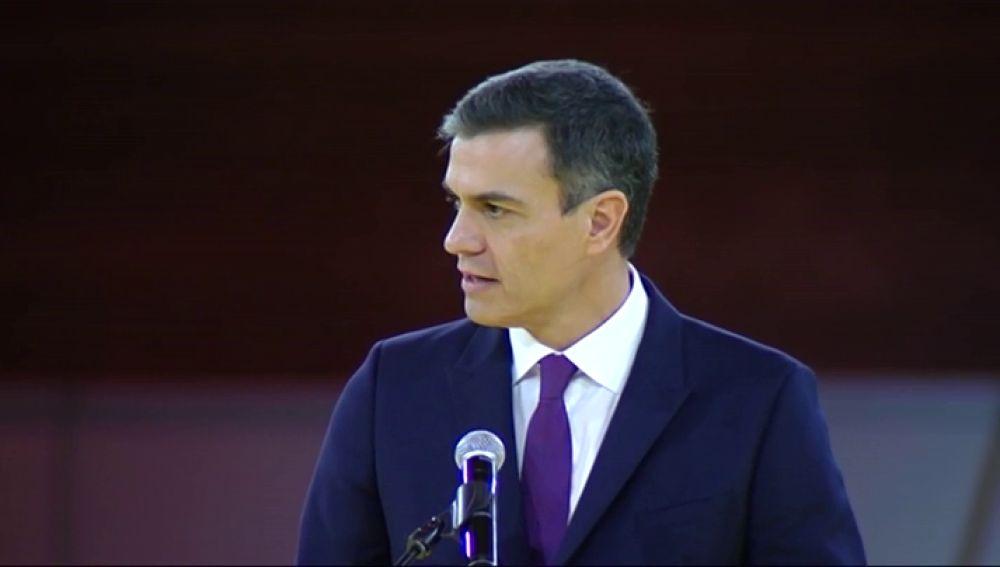 """Pedro Sánchez apela al diálogo """"sereno y sensato"""" para construir la cohesión de España dentro de la legalidad"""