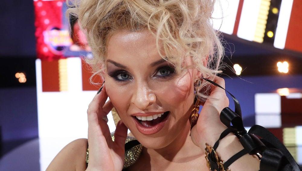 Soraya Arnelas, concursante de 'Tu cara me suena', caracterizada como Kylie Minogue
