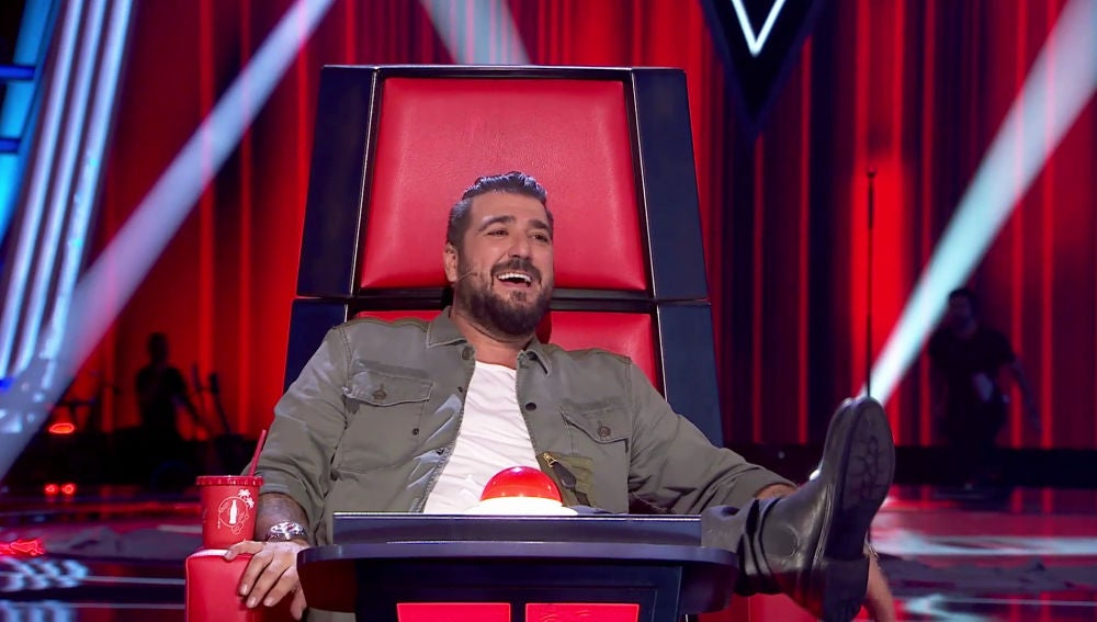 Antonio Orozoco anima al público de 'La Voz'