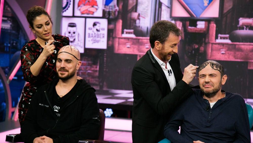 VÍDEO: Los insólitos antipeinados para calvos hechos por Blanca Suárez, Arturo Valls y Pablo Motos en 'El Hormiguero 3.0'