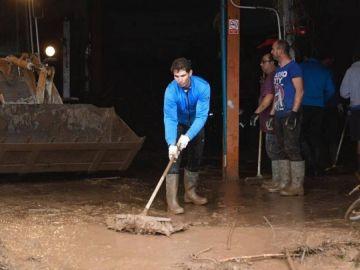 Nadal, achicando agua tras la riada