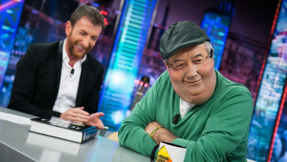 VÍDEO: Karlos Arguiñano se lo pasa bomba con las caretas de 'El Hormiguero 3.0'