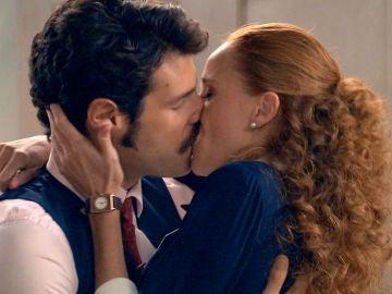 Natalia y Carlos, un amor furtivo