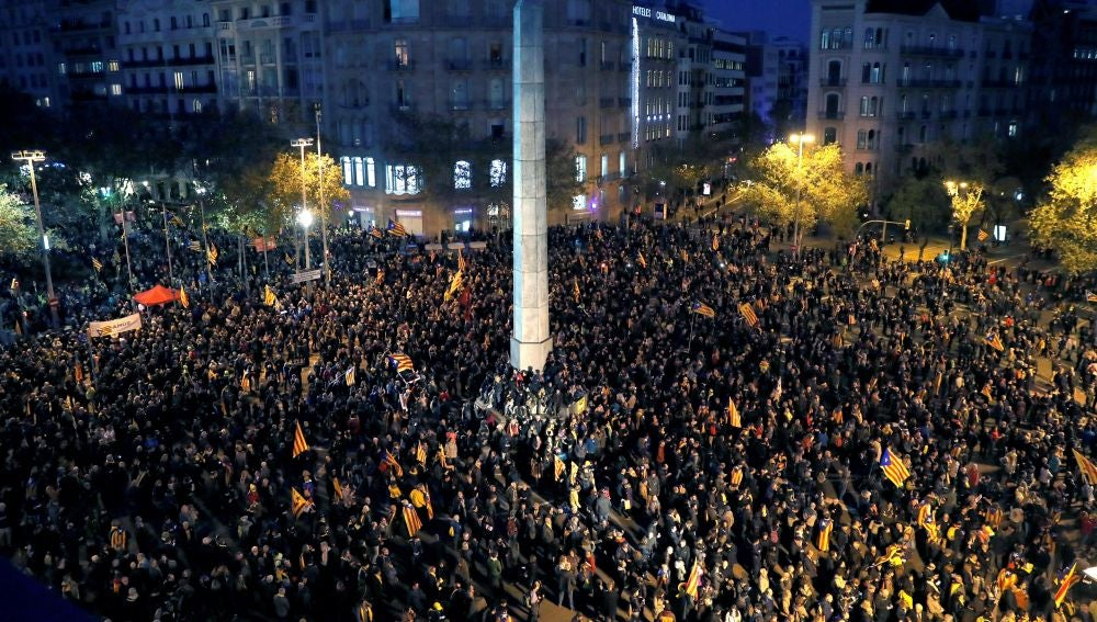 Manifestación de los independentistas tras el Consejo de Ministros en Barcelona