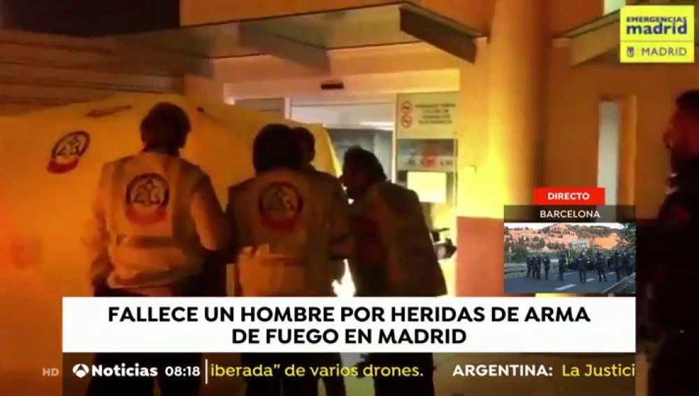 Muere un hombre por disparos en la espalda junto a un hospital en Madrid