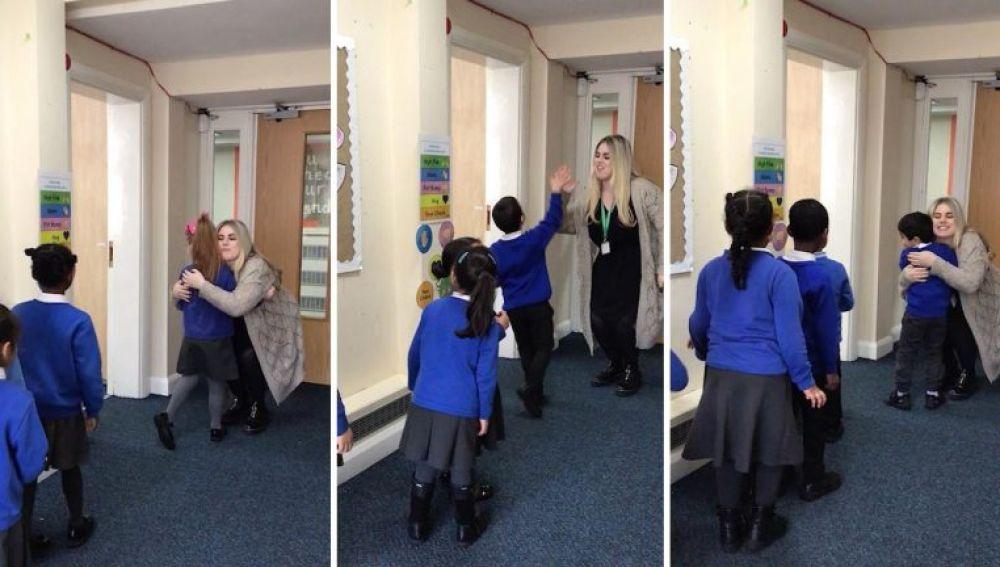 Amy Cleaver saludando a sus alumnos