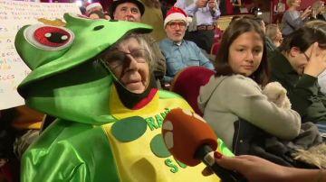 Los disfraces más curiosos del salón de loterias