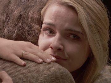 """Antolina le suplica a Isaac que se aleje de Elsa: """"Quiere romper nuestro matrimonio, nos ha arrebatado a nuestro hijo"""""""