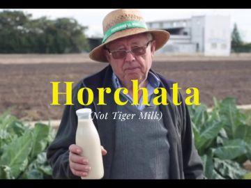 'This is horchata', la campaña que ha lanzado chufa de Valencia para hacer frente a la 'leche vegana' vendida en Reino Unido