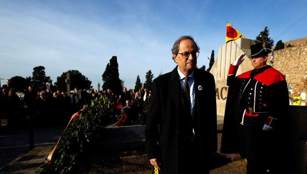 El presidente de la Generalitat, Quim Torra, en la tradicional ofrenda floral a la tumba de Francesc Macià