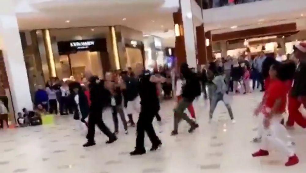 El divertido baile de unos policías estadounidenses para celebrar la Navidad