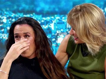 Eva González y Susanna Griso dan la gran noticia a Lorena Fernández en 'Espejo Público', la lotera que sueña con ser cantante