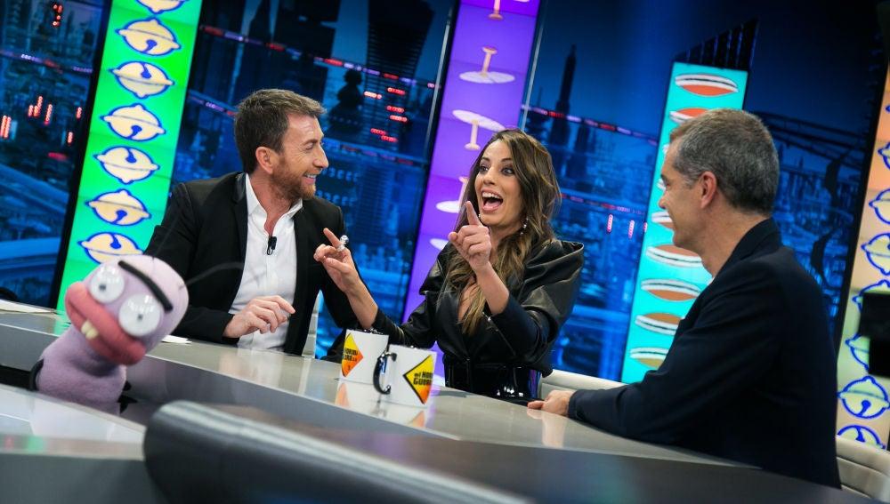 Almudena Cid sorprende a Pablo Motos y Toni Cantó con una canción en japonés