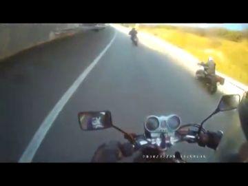Los Mossos identican a un motorista temerario gracias a la colaboración ciudadana