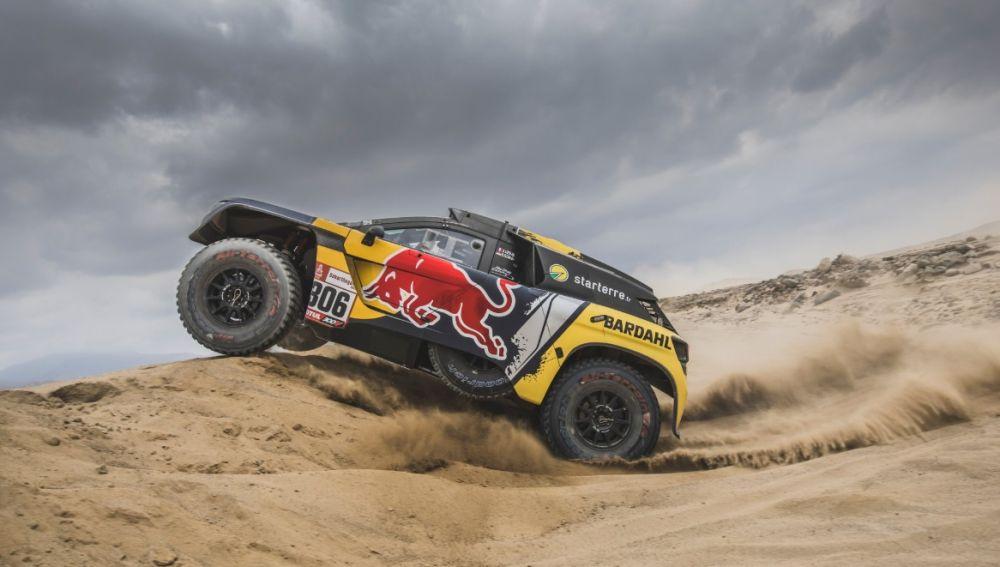 Sebastien Loeb, en acción en la segunda etapa del Dakar