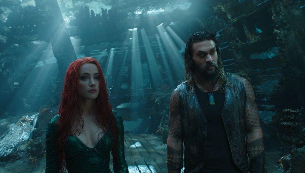 Amber Heard y Jason Momoa en 'Aquaman'