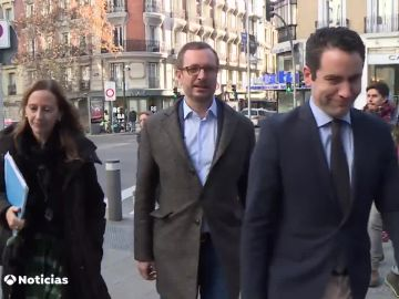 Noticias 1 Antena 3 (09-01-19) El PP presenta a Vox un documento alternativo para alcanzar un acuerdo en Andalucía