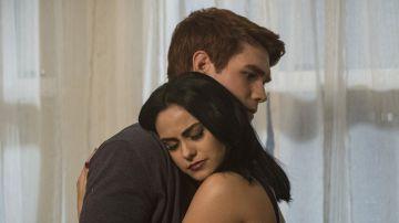 Archie y Veronica en 'Riverdale'