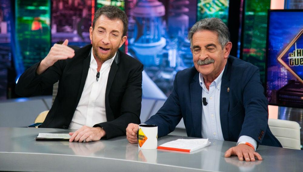 VÍDEO: Pablo Motos bromea con el 'postureo' de Miguel Ángel Revilla en redes sociales