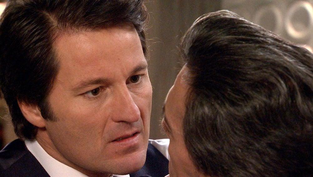 """Gabriel, en cólera tras la acusación de Domingo: """"Eres el asesino de Covadonga"""""""